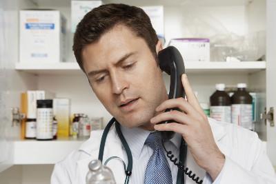 Omissione di atti d'ufficio della guardia medica che non aderisce alla richiesta di intervento domiciliare urgente